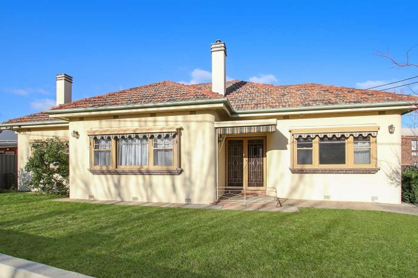 Main view of Homely townhouse listing, 516 Creek Street, Albury NSW 2640