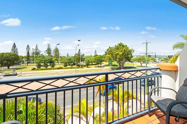 68/148-150 Marine Parade, Southport QLD 4215
