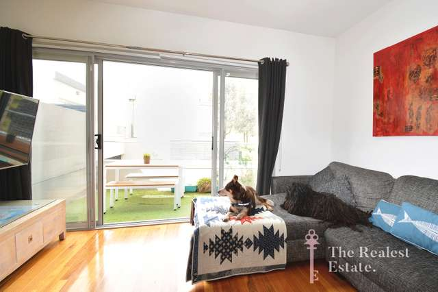 21/21 Station Road, Oak Park VIC 3046