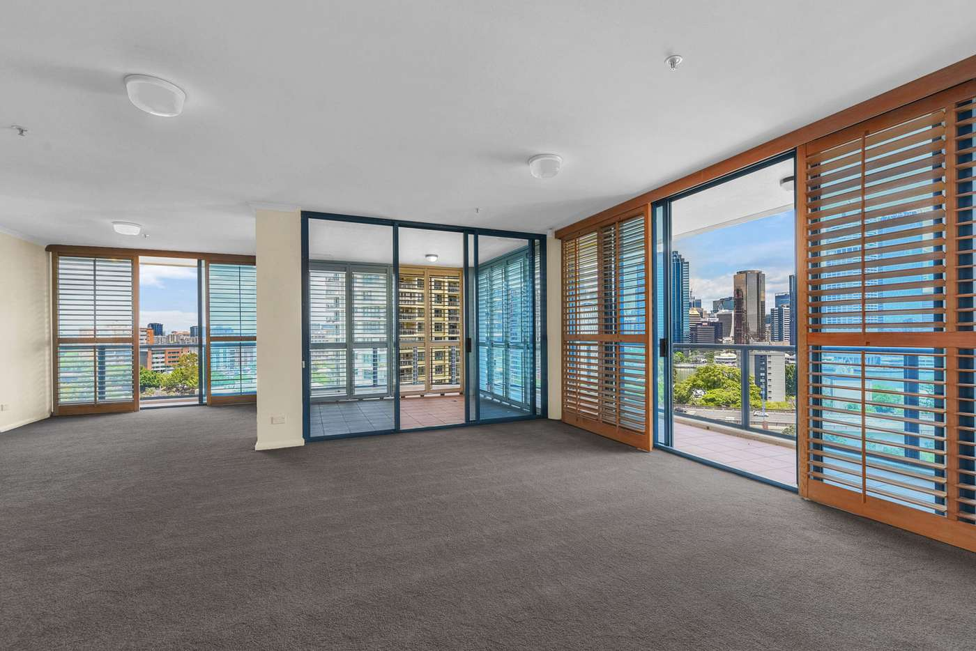 Main view of Homely apartment listing, 74/8 Goodwin Street, Kangaroo Point QLD 4169
