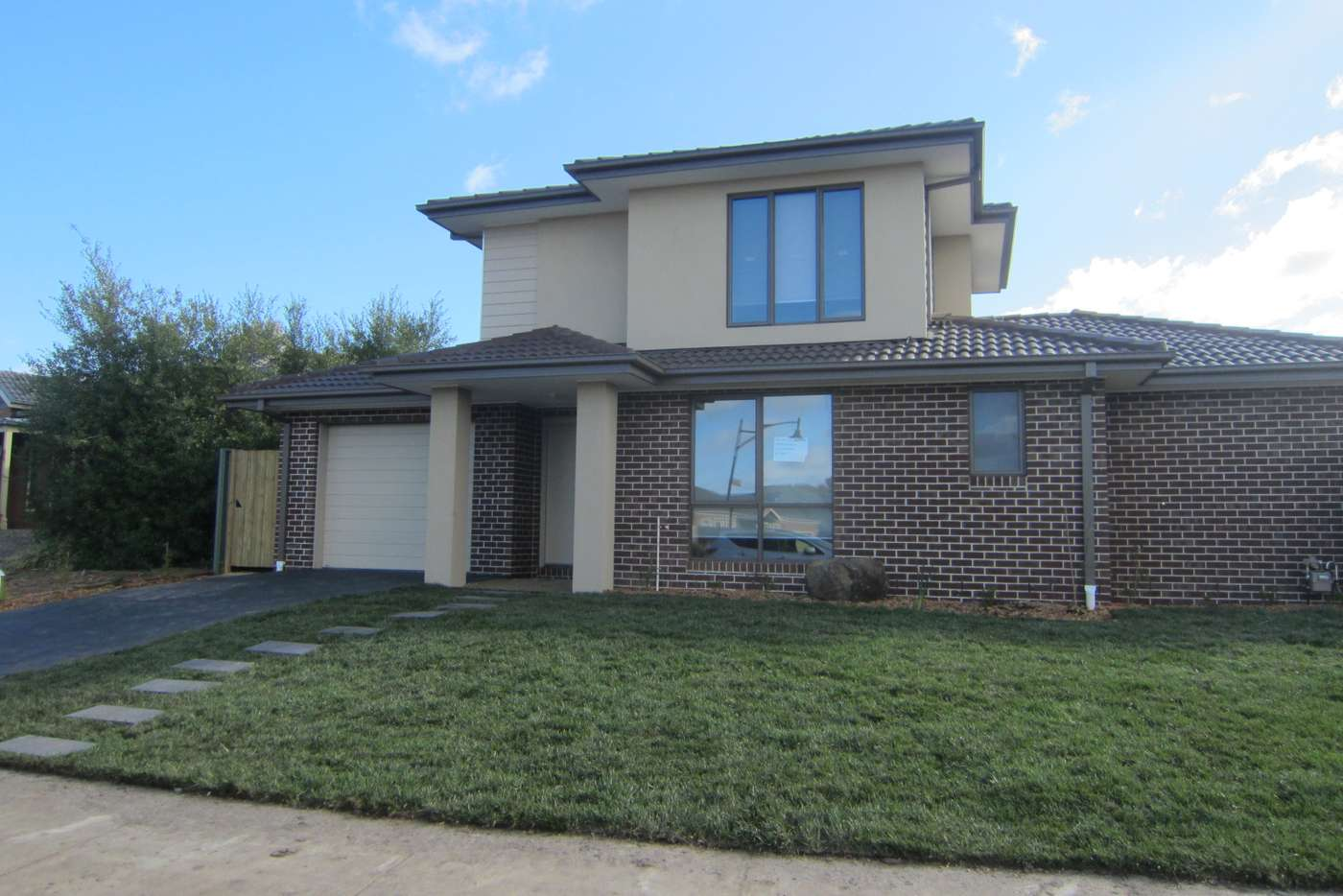 Main view of Homely townhouse listing, 1/50 Malcolm Creek Parade, Craigieburn VIC 3064