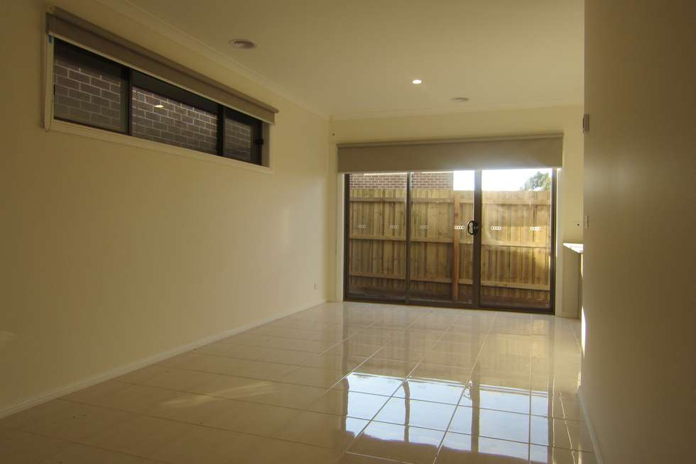 Fourth view of Homely townhouse listing, 1/50 Malcolm Creek Parade, Craigieburn VIC 3064