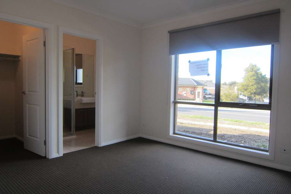 Fifth view of Homely townhouse listing, 1/50 Malcolm Creek Parade, Craigieburn VIC 3064