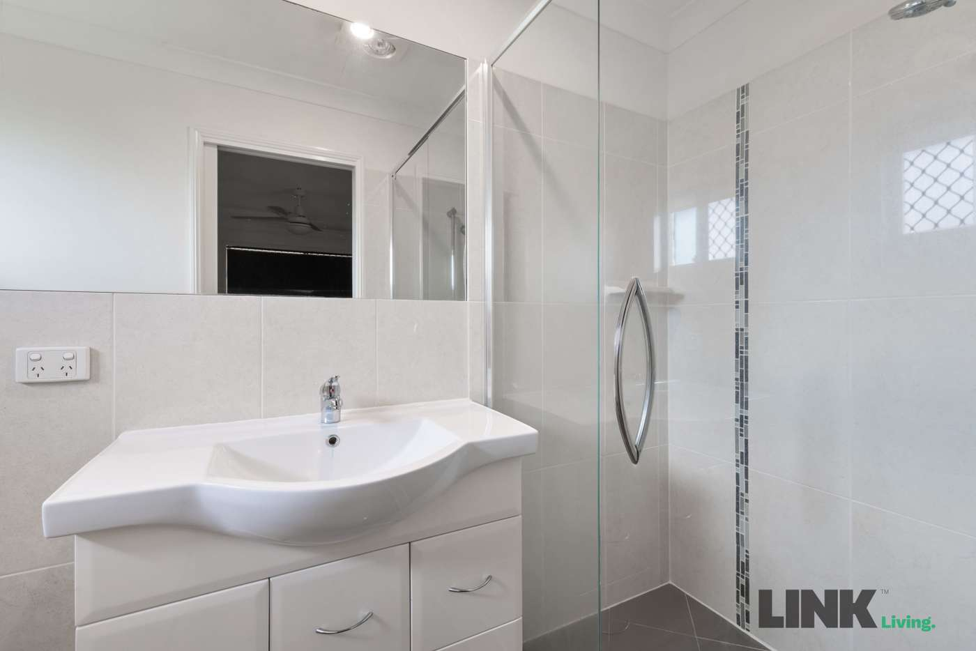 Sixth view of Homely house listing, 13 BARCREST COURT, Crestmead QLD 4132