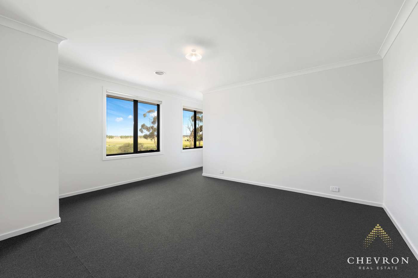 Seventh view of Homely house listing, 18 Knebworth Drive, Strathtulloh VIC 3338