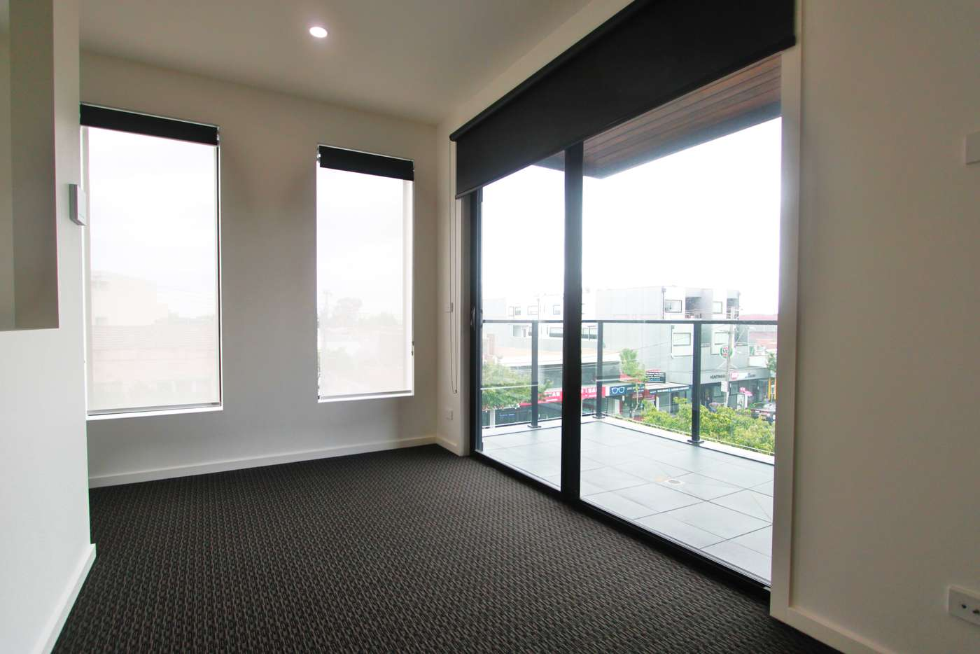 Main view of Homely apartment listing, 1/302 Huntingdale Road, Huntingdale VIC 3166