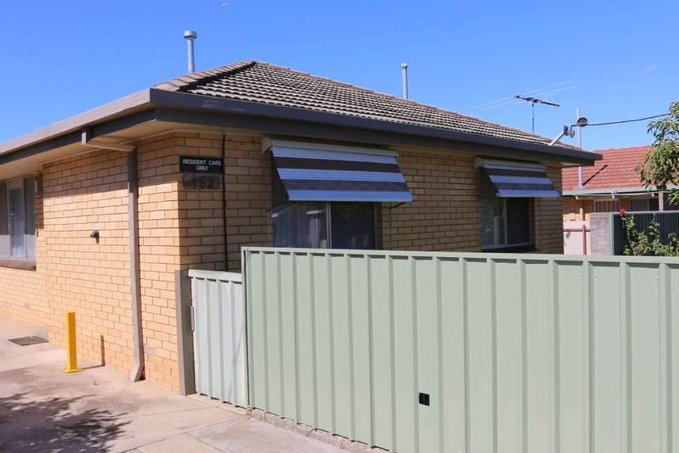 Second view of Homely unit listing, 1/452 Kotthoff Street, Lavington NSW 2641