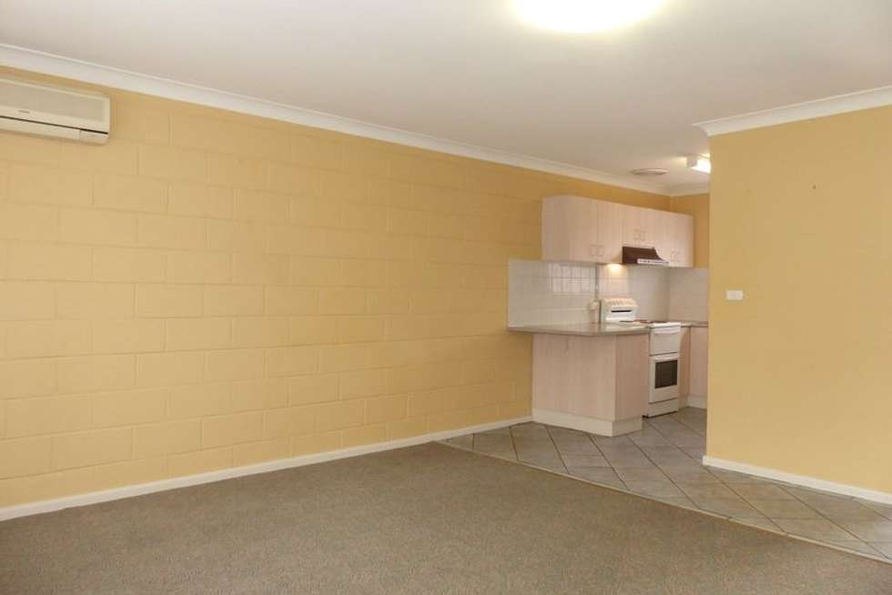 Fourth view of Homely unit listing, 1/452 Kotthoff Street, Lavington NSW 2641