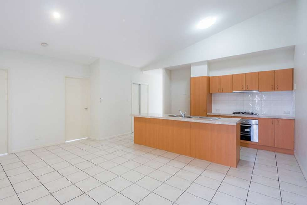 Second view of Homely semiDetached listing, 2/24 Armani Avenue, Pimpama QLD 4209