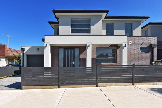 17b Clydesdale Road, Airport West VIC 3042
