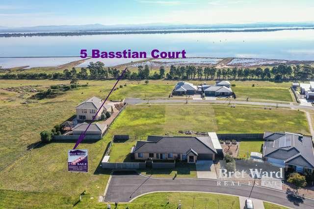5 Basstian Court, Eagle Point VIC 3878