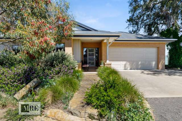 6 Donovans Way, Mansfield VIC 3722
