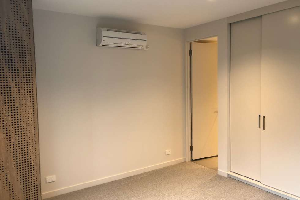 Fifth view of Homely apartment listing, 501/605 Saint Kilda Road, Melbourne VIC 3000