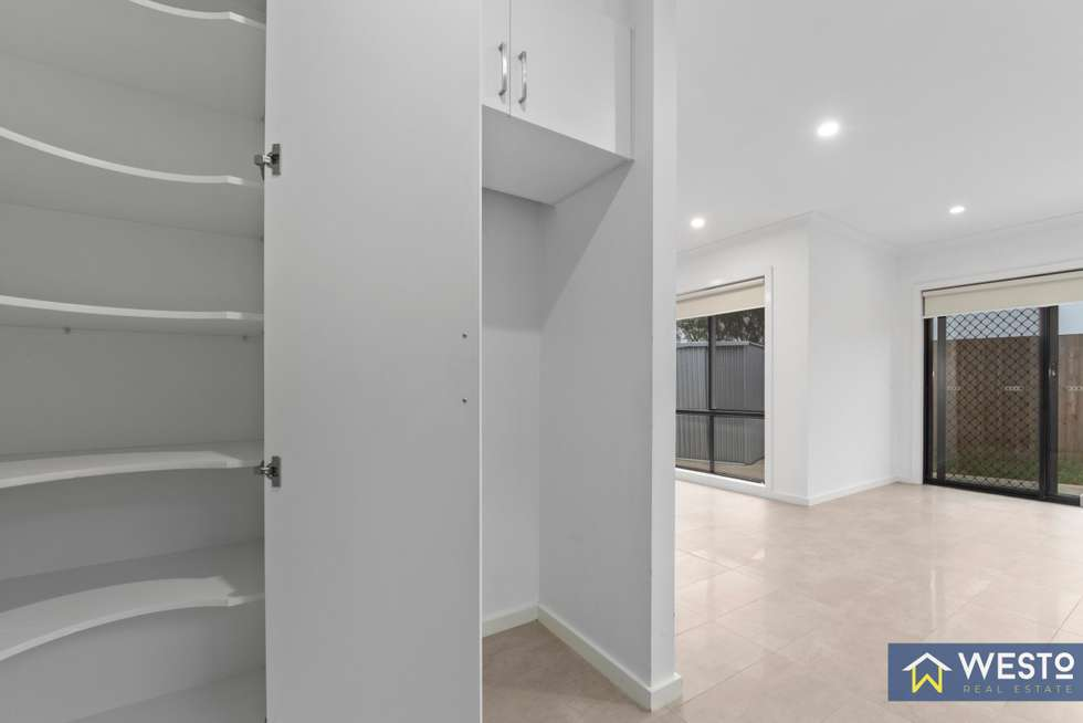 Fifth view of Homely unit listing, 4/32A Wynarka Drive, Hoppers Crossing VIC 3029