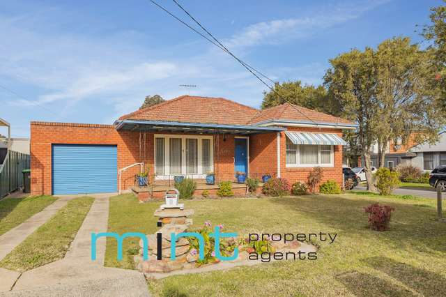 9 Maryl Avenue, Roselands NSW 2196