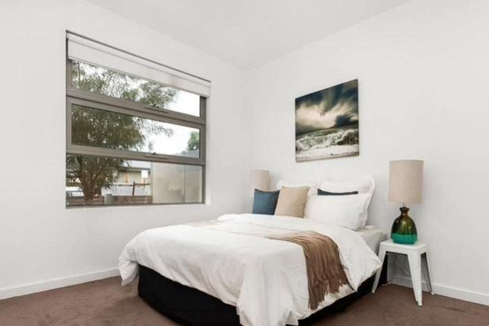 Fifth view of Homely townhouse listing, 32 Sydenham Street, Seddon VIC 3011