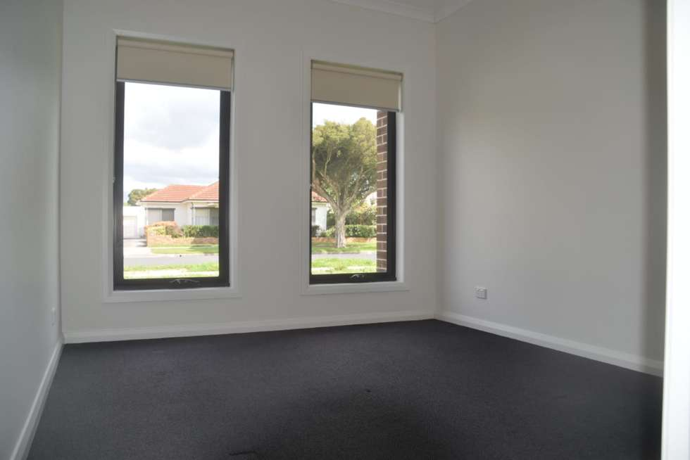 Second view of Homely townhouse listing, 1/18 James Street, Pakenham VIC 3810