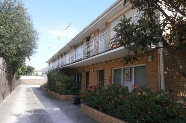 2/22 Bishop Street, West Footscray VIC 3012
