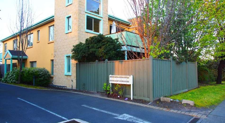 9/1219 Centre Road, Oakleigh South VIC 3167