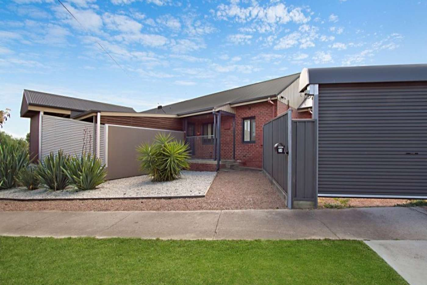 Main view of Homely townhouse listing, Room 1/32-34 Churchill Avenue, Bendigo VIC 3550