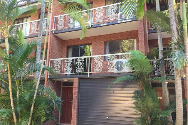 9/11 Austral Street, St Lucia QLD 4067