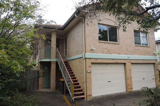 1/242 Sir Fred Schonell Drive, St Lucia QLD 4067