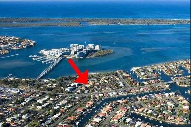 4/12 Errol Avenue, Paradise Point QLD 4216