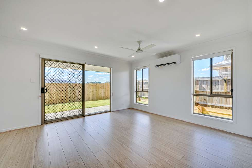 Fourth view of Homely semiDetached listing, 10A Dennis Street, Walloon QLD 4306
