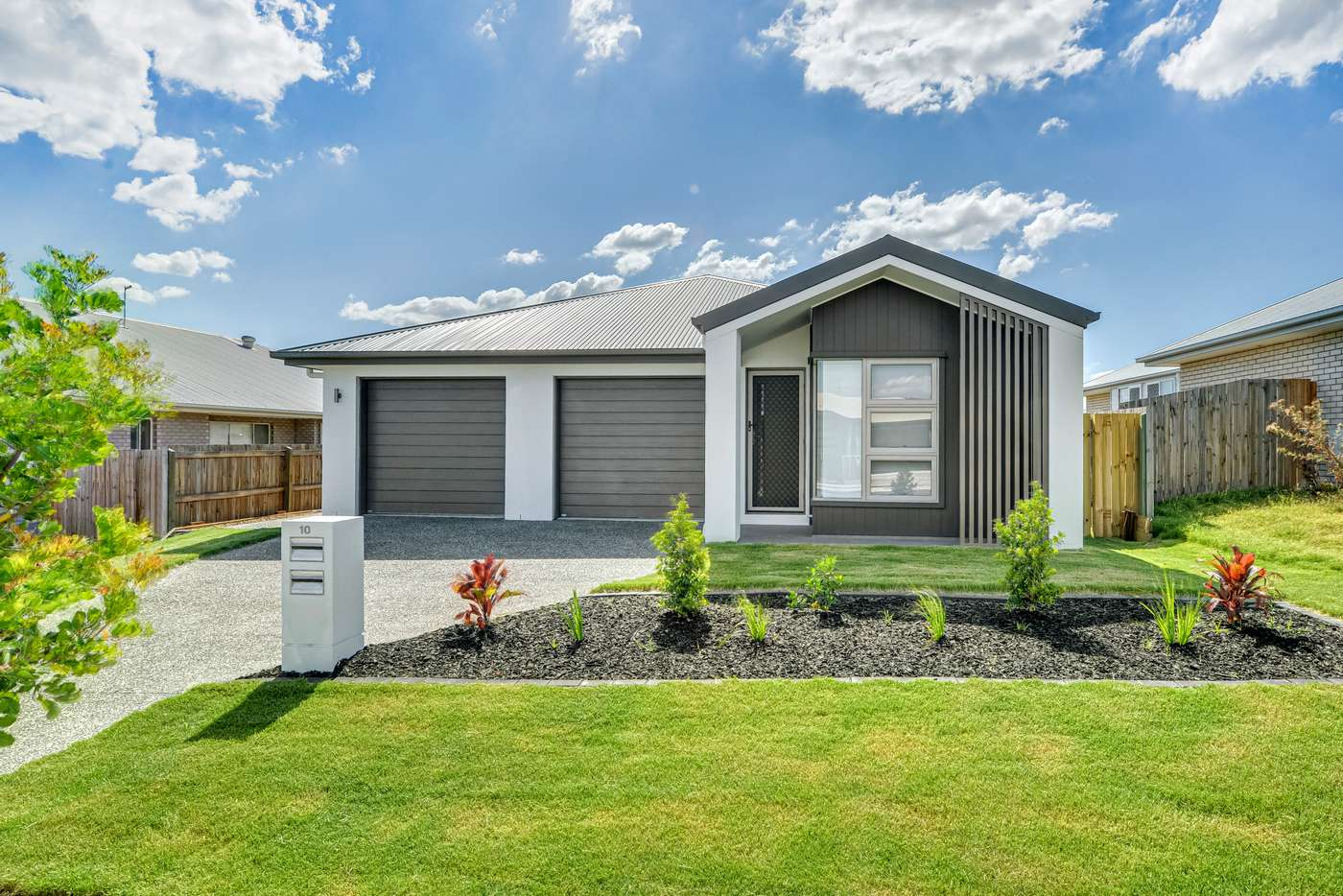 Main view of Homely unit listing, 10B Dennis Street, Walloon QLD 4306