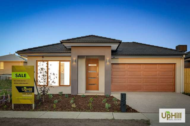 27 Athletic Circuit, Clyde VIC 3978