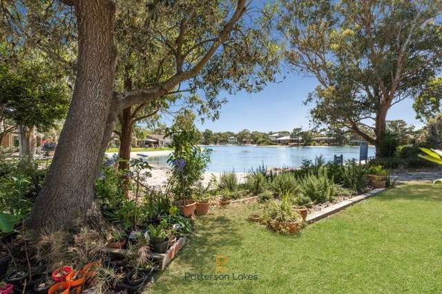 2/75 Gladesville Boulevard, Patterson Lakes VIC 3197