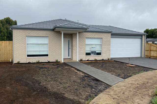 7 Conner Court, Romsey VIC 3434