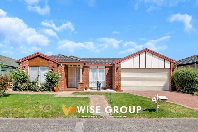 53 Scotsdale Drive, Cranbourne East VIC 3977