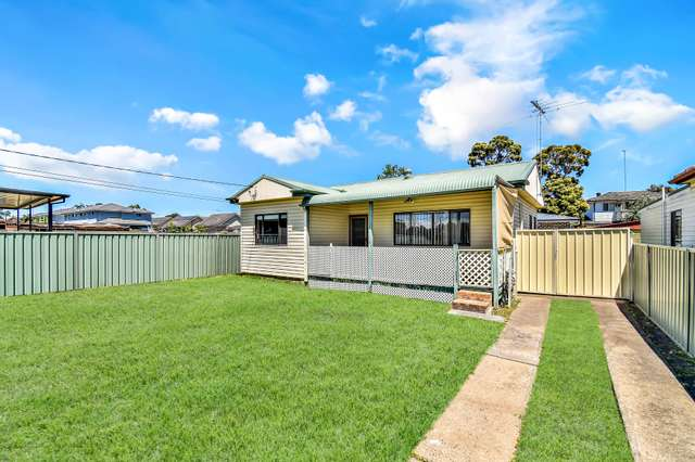 31 Melbourne Street, Oxley Park NSW 2760