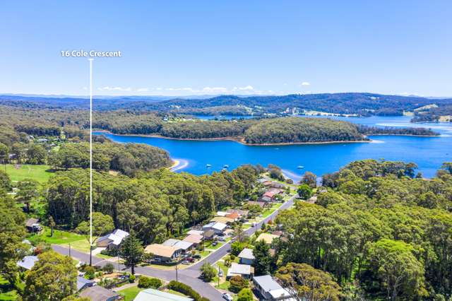 16 Cole Crescent, Narooma NSW 2546