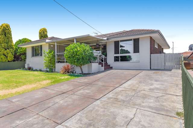 22 Pilgrim Way, Hamilton Hill WA 6163