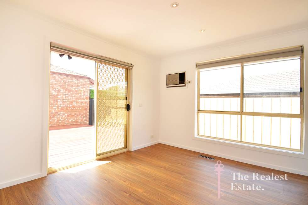 Fourth view of Homely house listing, 1/8 Bremner Court, Mill Park VIC 3082