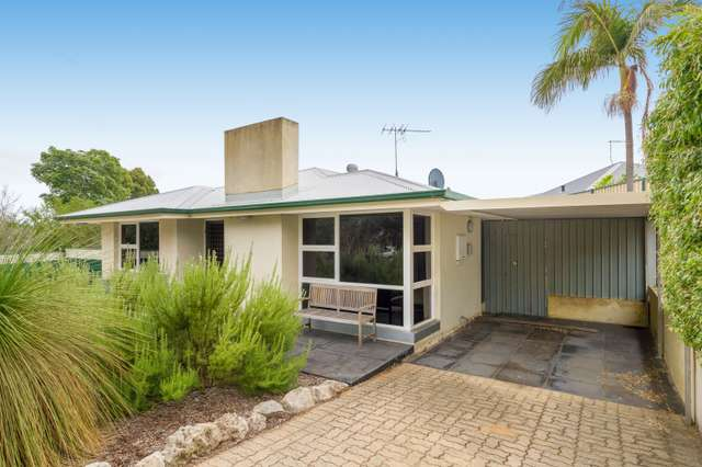 6 Morton Road, Hamilton Hill WA 6163