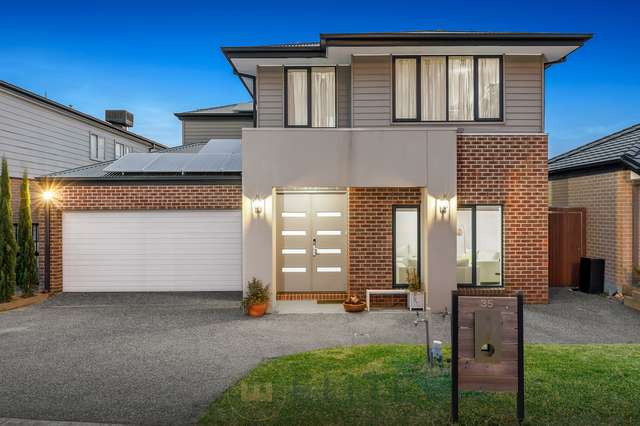 35 Belcam Circuit, Clyde North VIC 3978