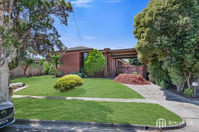 13 Sabine Avenue, Dandenong North VIC 3175