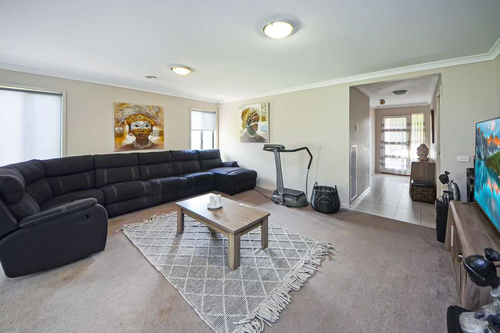 Second view of Homely house listing, 5 Victory Court, Portland VIC 3305