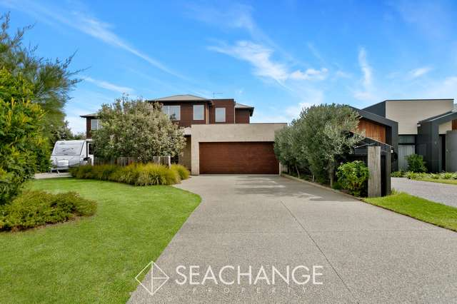 1 Pender Avenue, Mornington VIC 3931