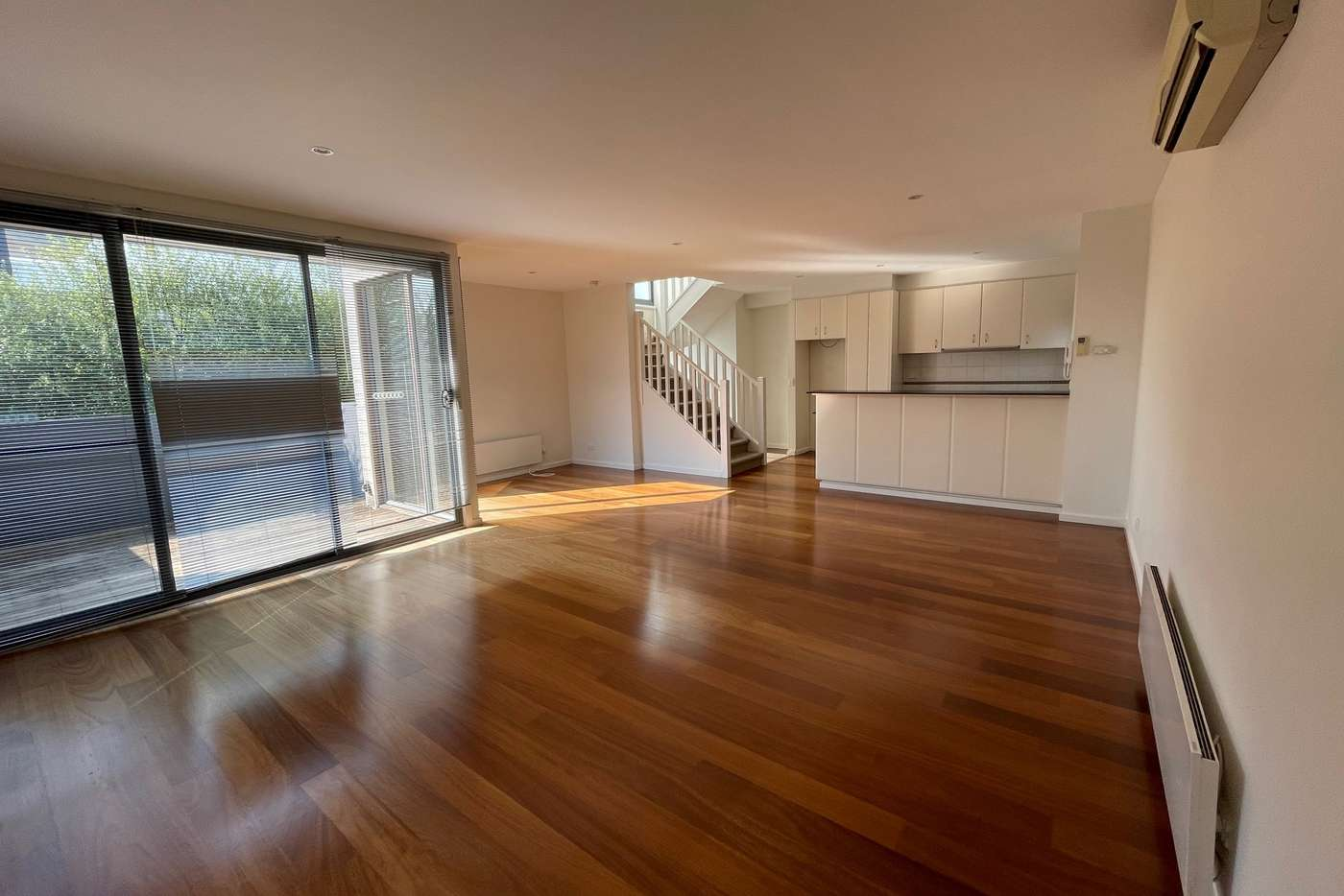 Main view of Homely townhouse listing, 2/189 Stawell Street, Richmond VIC 3121