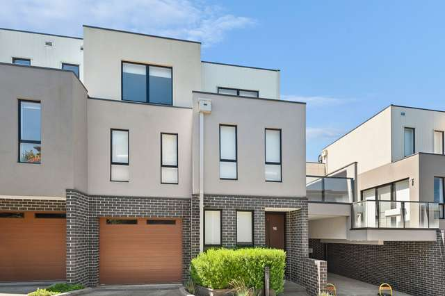 16/222 Williamsons Road, Doncaster VIC 3108
