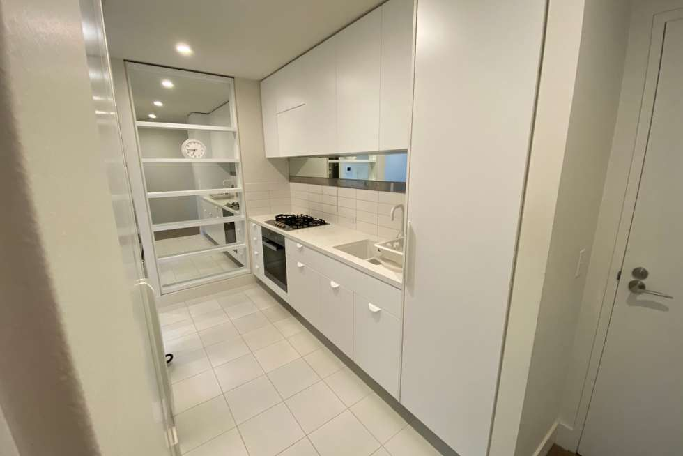 Fourth view of Homely apartment listing, 2910/500 Elizabeth Street, Melbourne VIC 3000