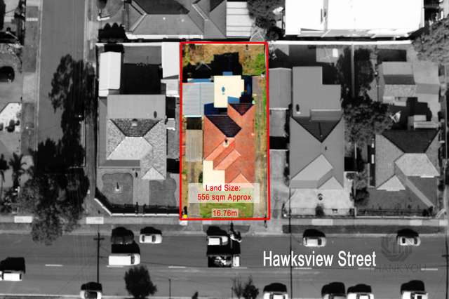 90 Hawksview Street