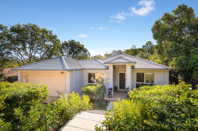 15 Fern Place, Kenmore QLD 4069