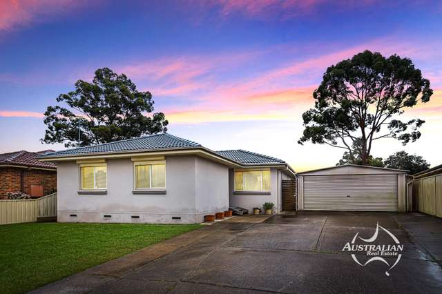 25 McIntyre Avenue, St Clair NSW 2759