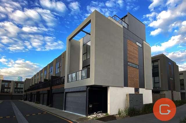 19 Tomkins Road, Port Melbourne VIC 3207