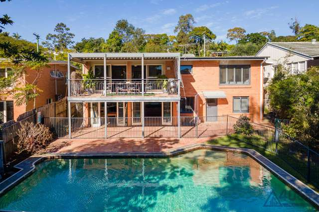 7 Holdway Street, Kenmore QLD 4069